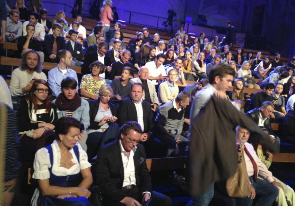 #meinewahl - das Publikum. Und nein, es ist nicht Sebastian Kurz, der geht ... (22.09.2013)