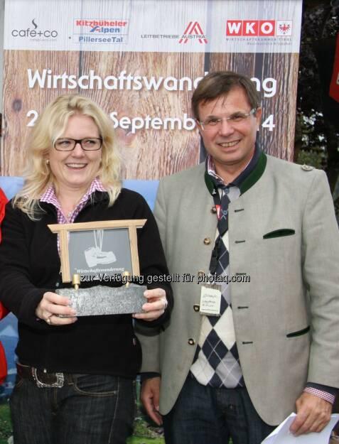 Monica Rintersbacher, Leitbetribe Austria-Geschäftsführerin, Gerald Steger, CEO der café +co International Holding, © leisure.at/Paul Bachmann (29.09.2013)