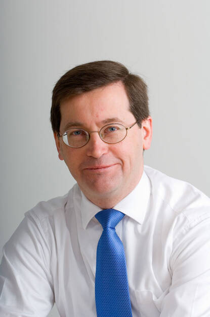 """Nicholas Davidson, Fondsmanager ACMBernstein: Die richtige Wahl der Anlagestrategie spielt am Kapitalmarkt zu jeder Zeit eine entscheidende Rolle. Aktuell schlägt das Pendel wieder in Richtung """"Value"""" aus. (01.10.2013)"""