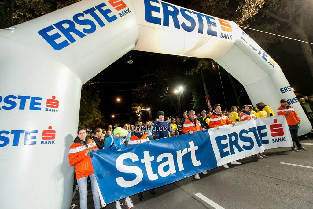 Erste Bank Vienna night run 2013, Christian Drastil im Startbereich, © finanzmartkfoto.at/Martina Draper/Josef Chladek (01.10.2013)