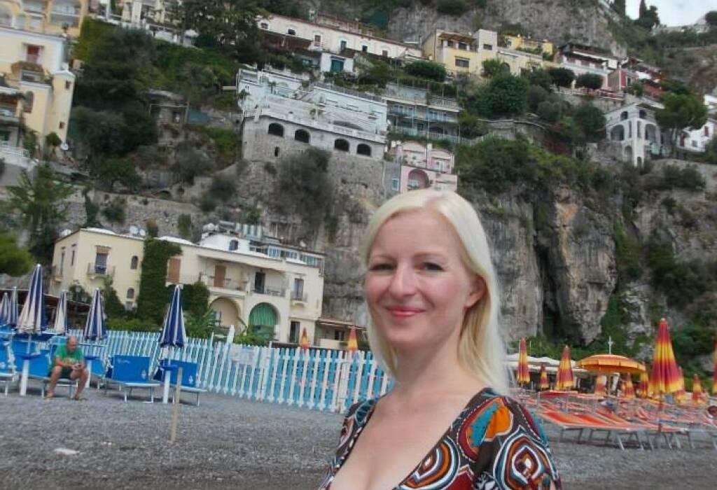 Kathrin Rauscher, eup (5. Oktober), finanzmarktfoto.at wünscht alles Gute!, © entweder mit freundlicher Genehmigung der Geburtstagskinder von Facebook oder von den jeweils offiziellen Websites  (05.10.2013)