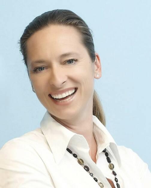 Xenia Daum, sdo (11. Oktober), finanzmarktfoto.at wünscht alles Gute!, © entweder mit freundlicher Genehmigung der Geburtstagskinder von Facebook oder von den jeweils offiziellen Websites  (11.10.2013)