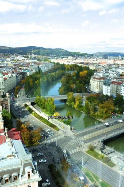 Wien, Donaukanal, km2 von http://runplugged.com/2013/09/22/ein_trainings-halbmarathon_ganz_ohne_app_mein_halbmarathon-streckentipp_fur_alle_wiener (18.10.2013)