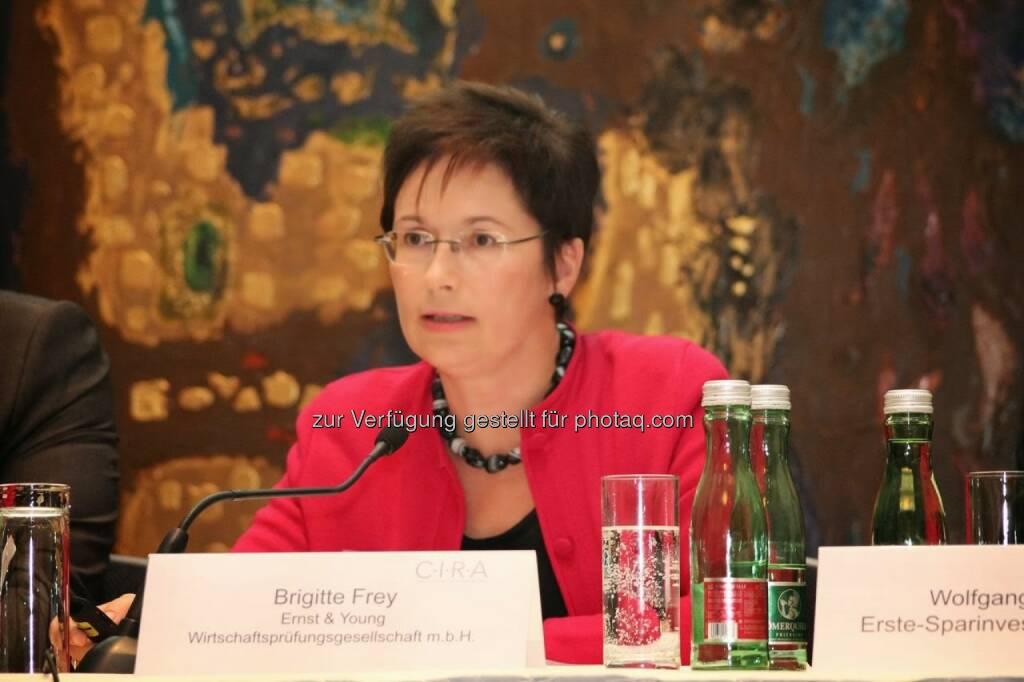 Brigitte Frey (Ernst & Young) C.I.R.A.-Jahreskonferenz 2013, © C.I.R.A. (22.10.2013)
