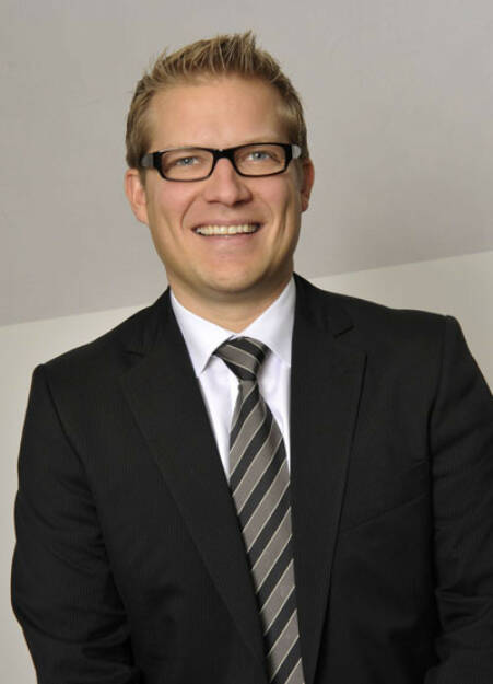 Roland Mayrl, Metrum (23. Oktober), finanzmarktfoto.at wünscht alles Gute!, © entweder mit freundlicher Genehmigung der Geburtstagskinder von Facebook oder von den jeweils offiziellen Websites  (23.10.2013)
