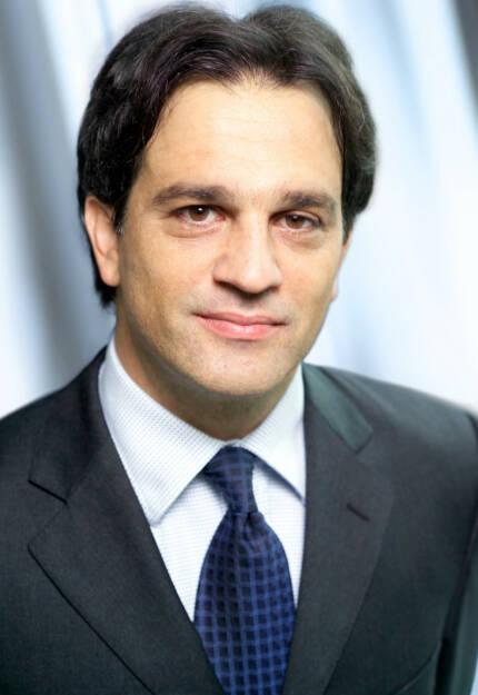 Aris Bogdaneris, Vorstand RBI (26. Oktober), finanzmarktfoto.at wünscht alles Gute!, © entweder mit freundlicher Genehmigung der Geburtstagskinder von Facebook oder von den jeweils offiziellen Websites  (26.10.2013)