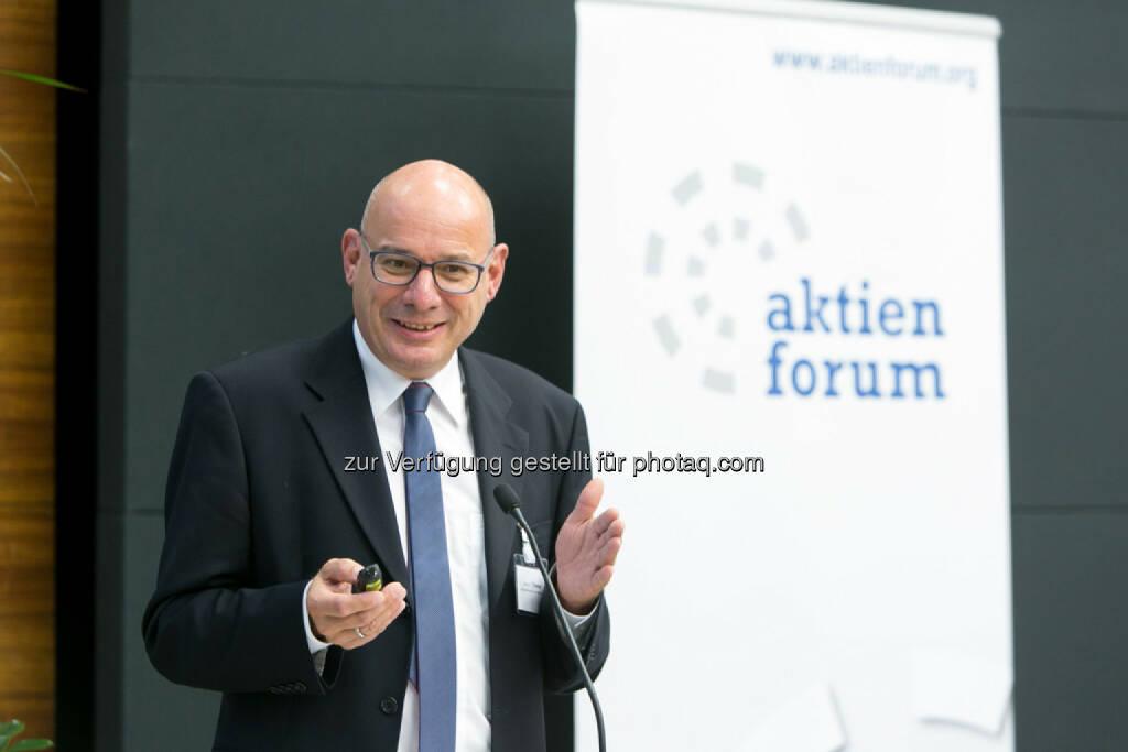 Manuel R. Theisen, Fakultät für Betriebswirtschaft, LMU München, © Martina Draper für das Aktienforum (30.10.2013)