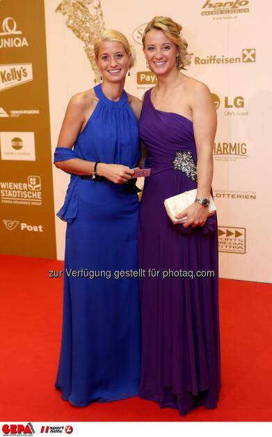 Michaela Kirchgasser (rechts/ AUT). Foto: GEPA pictures/ Christian Walgram (02.11.2013)