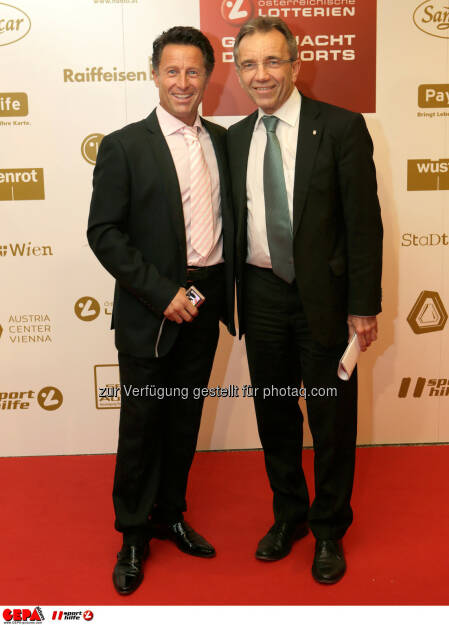 Hans Enn und General Manager Werner Kuhn (SK Rapid Wien). Foto: GEPA pictures/ Walter Luger (02.11.2013)