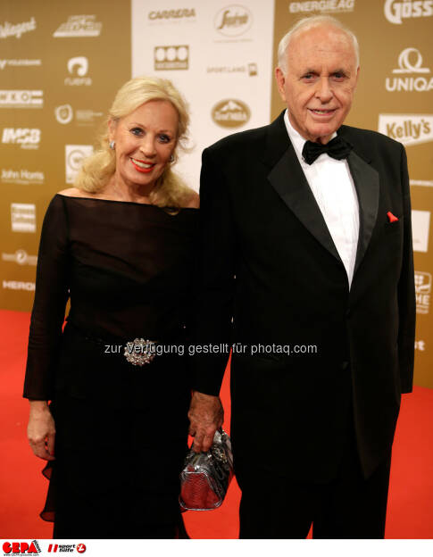 Helga Kuhn und Praesident Michael Kuhn (Sports Media Austria). Foto: GEPA pictures/ Walter Luger (02.11.2013)
