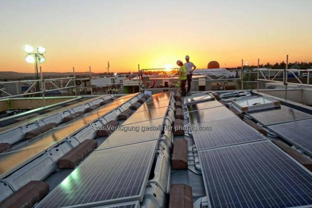 Studenten der Wiener TU haben mit dem LISI-Haus den Solar Decathlon des US-Energieministeriums gewonnen. Das Projekt ist mit dem Trägersystem iFIX für Photovoltaik der voestalpine ausgestattet. http://bit.ly/1dXJNSe (11.11.2013)