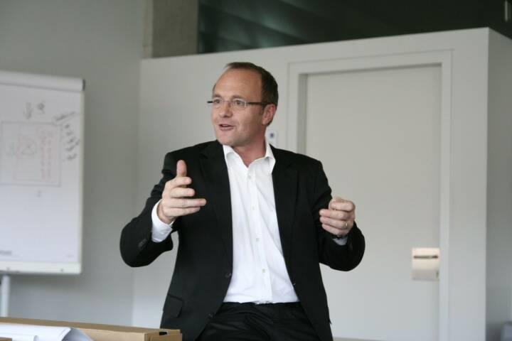 Reinhold Gmeinbauer, Medecco (21. November), finanzmarktfoto.at wünscht alles Gute!