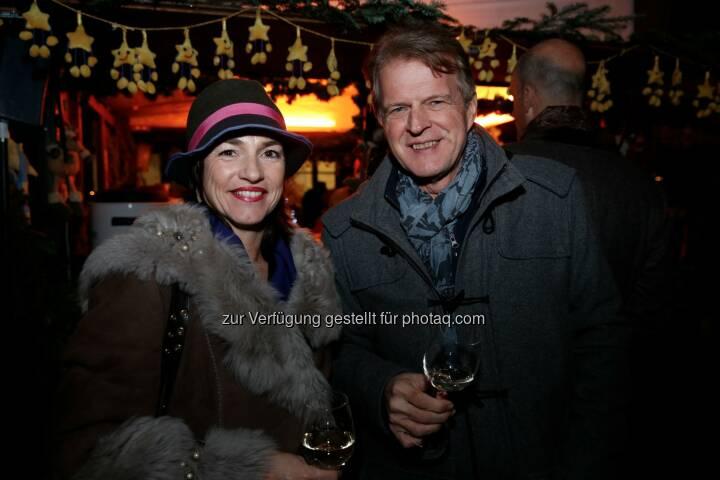 FH Salzburg-Geschäftsführerin Doris Walter , Mediaprint-Manager Walter Ringsmuth