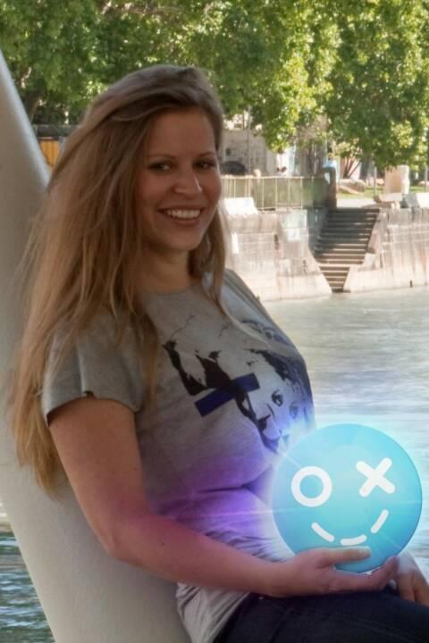 Katharina Klausberger, Shpock (23. November), finanzmarktfoto.at wünscht alles Gute!