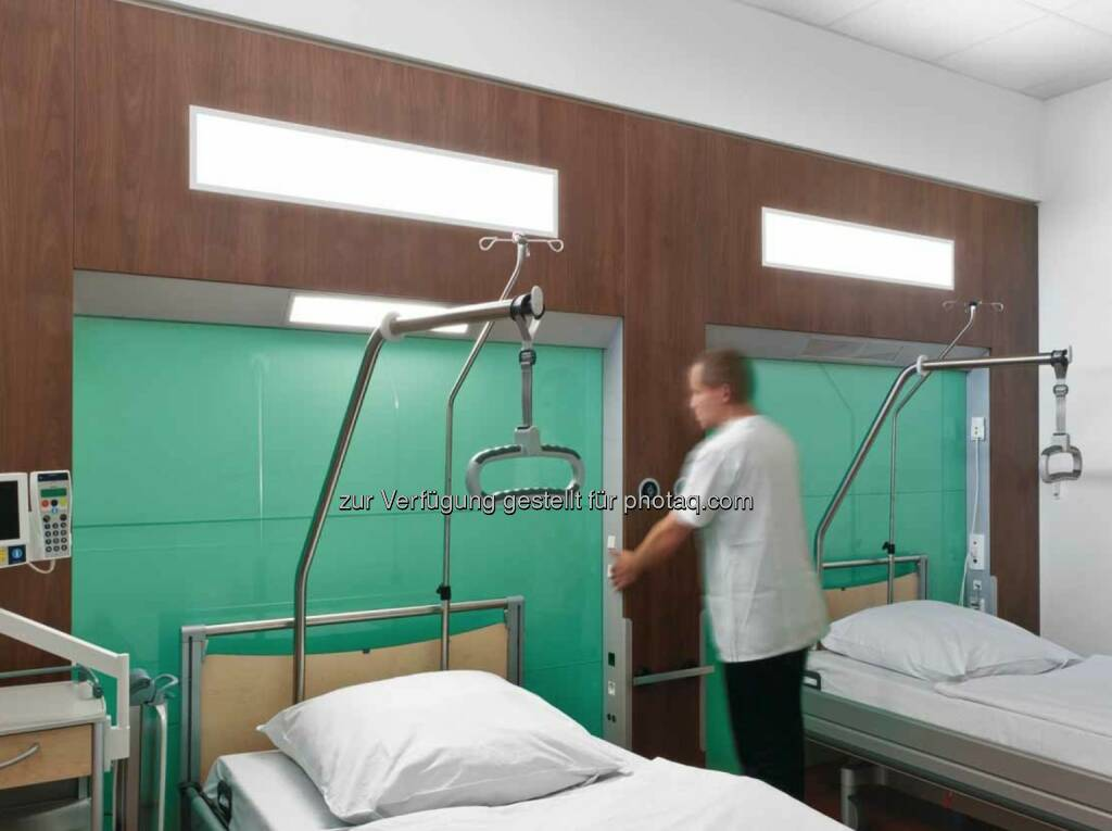 Lichtlösung: Integriertes medizinisches Wandsystem IMWS, AK Seligenstadt bei Frankfurt, Asklepios  (Bild: Zumtobel) (29.11.2013)