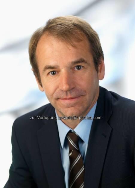 update-CTO Arno Huber zum 25jährigen Firmenjubiläum: http://bit.ly/updateCTO (c) Update (04.12.2013)