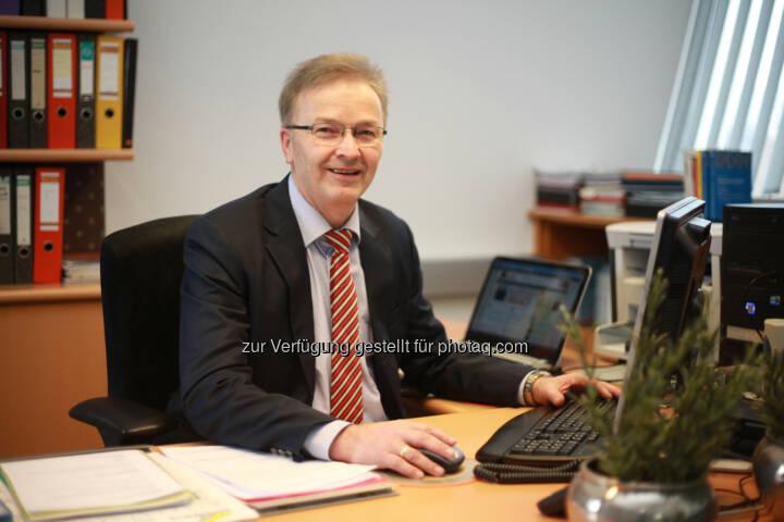 Elektronische Rechnung an den Bund – 77.000 österreichische Unternehmen sind ab 1. Jänner 2014 betroffen Ferdinand Wieser, Geschäftsführer BMD: Wir biten Kosten- und Zeitersparnis durch unsere Softwarelösungen  Fotocredit: BMD