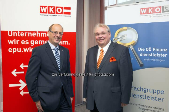 Fachgruppen-Obmann Herbert Samhaber, Fachgruppen-Geschäftsführer Thomas Wolfmayr präsentieren Checkliste zur Pensionsvorsorge  (Bild: WKO-Fachgruppe OÖ Finanzdienstleister)