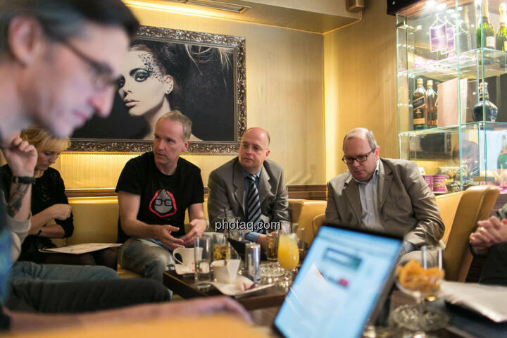 Josef Chladek,Isabella de Krassny (Donau Invest), Christian Drastil, Erwin Hof (Wiener Börse), Roland Meier (iQ-Foxx)