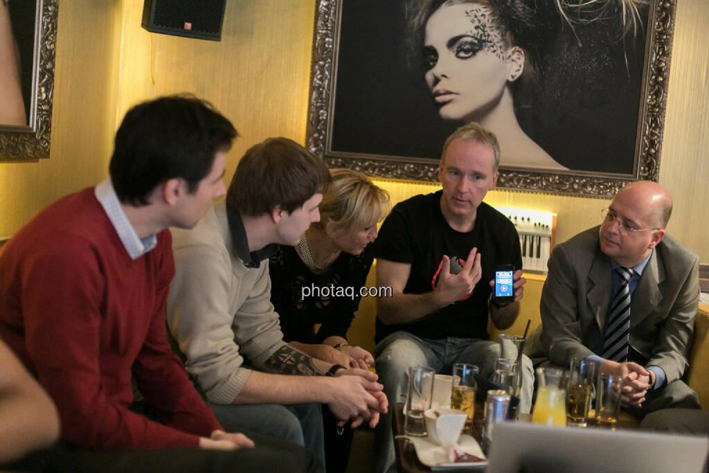 Igor Huic (Donau Invest), Chris Mattura (Investment Banking / Venture Capital), Isabella de Krassny (Donau Invest), Christian Drastil, Erwin Hof (Wiener Börse), © bsn/Martina Draper (12.12.2013)