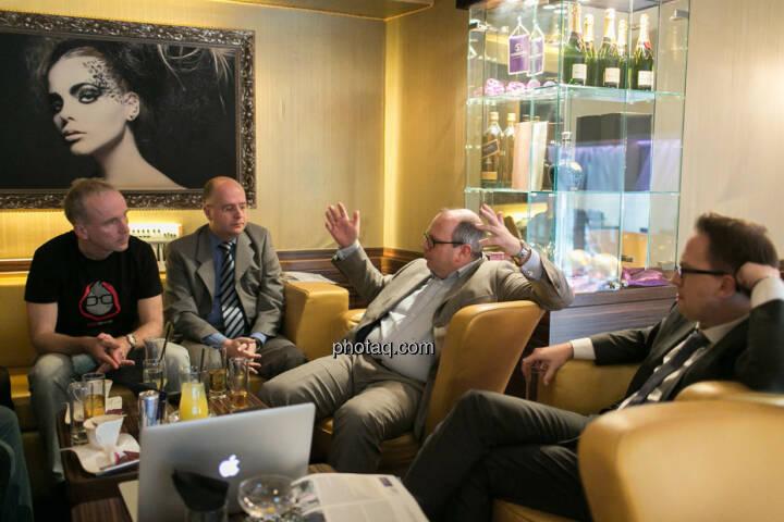 Christian Drastil, Erwin Hof (Wiener Börse), Roland Meier (iQ-Foxx), Stefan Maxian (RCB)