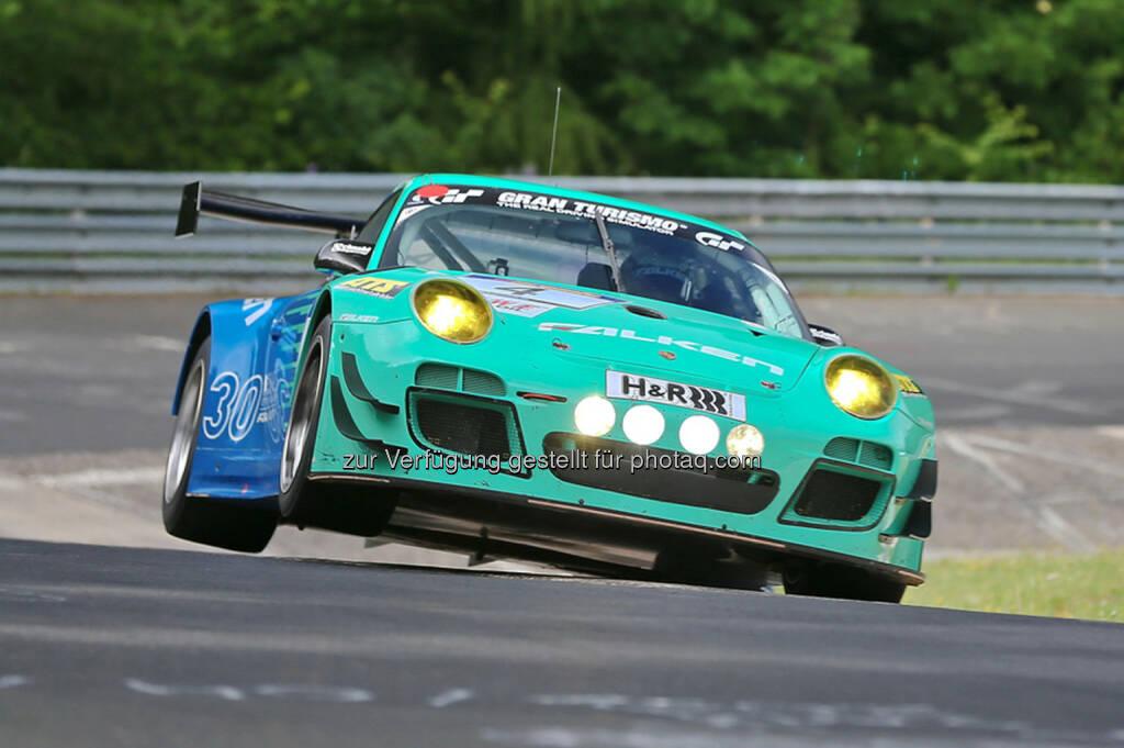 Martin Ragginger, erstmals ein Österreicher als weltbester Porsche-Privatfahrer (c) Falken Motorsports (16.12.2013)