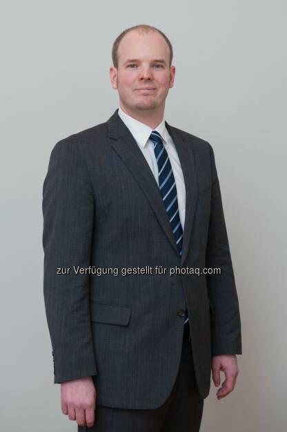 """Nicolas Raschauer wird als Of Counsel für CHSH Cerha Hempel Spiegelfeld Hlawati tätig sein, fachlich wird er vor allem die Bereiche """"Öffentliches Wirtschaftsrecht"""", """"Europarecht"""" sowie """"Bankaufsichtsrecht"""" unterstützen. (Bild: CHSH) (07.01.2014)"""