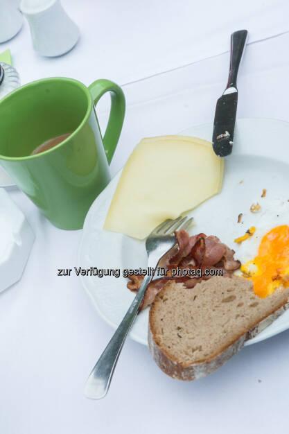 Frühstück, Käse, Speck, Ei, Kaffee, © Martina Draper (10.01.2014)
