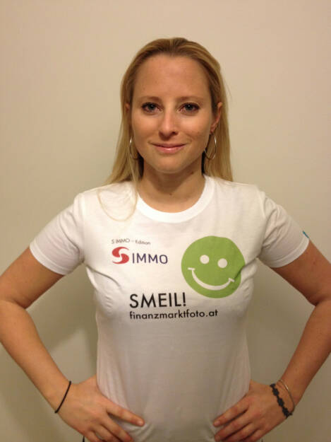 Crowdinvesting Smeil!, Karin Timmel, Conda (Shirt in der S Immo-Kollektion) (15.01.2014)