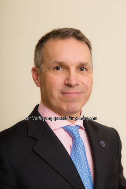 """Alfred Reisenberger ist seit 7. Jänner 2014 in der Valartis Bank (Austria) AG für den  Investmentbereich verantwortlich. """"Alfred Reisenberger ist mit seinen fachlichen Qualitäten und Erfahrungen eine erstklassige Verstärkung für unser Team. Er wird insbesondere für die Evaluierung von Finanzmärkten, Anlageprodukten, sowie konkreten Veranlagungen für Valartis Kunden zuständig sein. Wir freuen uns sehr auf die zukünftige Zusammenarbeit"""", deponiert Mag. Monika Jung, CEO der Valartis Bank. (C) Richard Tanzer - mehr: http://christian-drastil.com/search/reisenberger (17.01.2014)"""