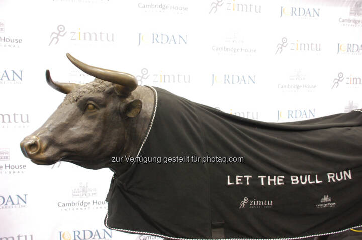 Let The Bull Run at the end of Day 1 at the Vancouver Resource Investment Conference