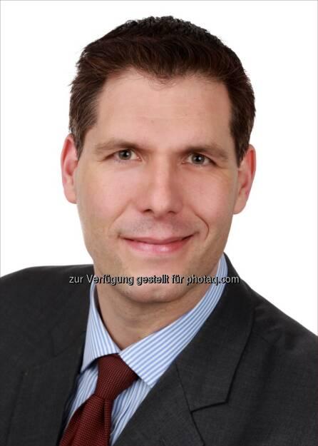 Philipp Lehner wurde Direktor das Münchener Team der ACMBernstein GmbH, einer Vertriebs- und Client-Service Niederlassung von AllianceBernstein Limited. Lehner ist für die Geschäftsentwicklung und das Client Relationship Management mit institutionellen Anlegern in Deutschland und Österreich verantwortlich.  In seiner Tätigkeit wird er eng mit den Portfolio Management Teams der globalen Fixed Income, Equity, Multi-Asset und Alternativen Investment Plattformen zusammenarbeiten. Philipp Lehner berichtet an Martin vom Hagen, Geschäftsführer von ACMBernstein GmbH in Deutschland (c) Aussendung (21.01.2014)