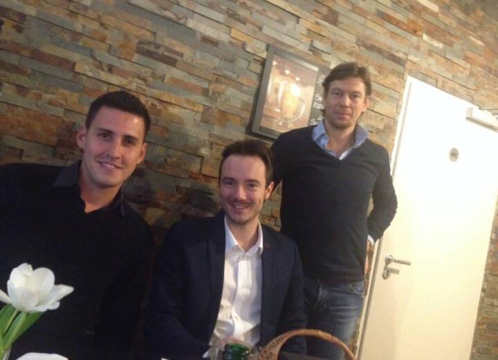 Mit Carlos Gomez, Julian Wiehl und Thomas Polak im Vangardist-Talk bei der Motiwirtin in Wien 9