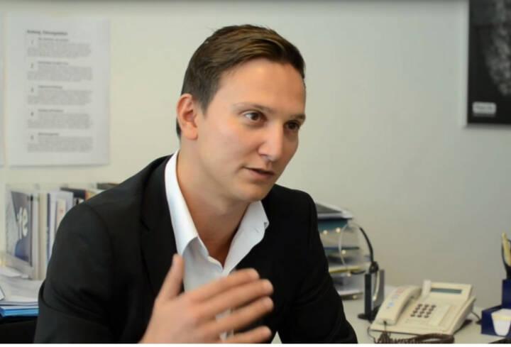 Christoph Nissl, Abteilungsleiter Sicherheit und Risikomanagement, Paylife Ziel ist es, den Gaunern immer einen Schritt voraus zu sein Das Video (6:19min.) dazu unter http://www.whatchado.com/de/christoph-nissl