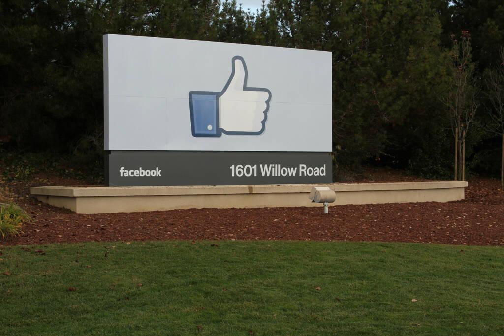 Der like button, facebook, © facebook (homepage) (31.01.2014)