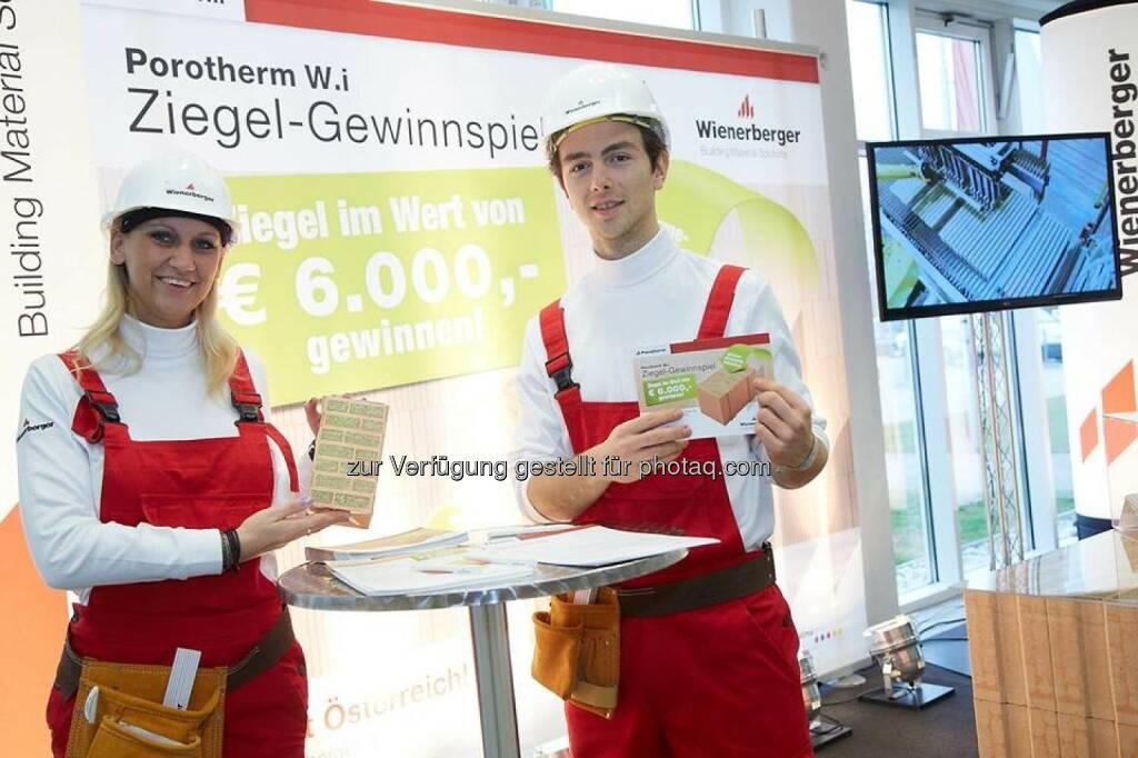 Wienerberger auf der Tiroler Hausbau & Energie Messe in Innsbruck. Mehr als 200 Aussteller präsentieren die neuesten Trends rund ums Planen, Bauen, Sanieren und Finanzieren (c) Wienerberger (01.02.2014)