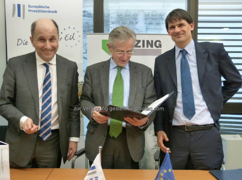 Peter Untersperger, CEO Lenzing, Wilhelm Molterer, Vice President of the EIB und Patric Thate, Head of Finance: 100 Mio. Euro für F&E - EIB unterstützt Forschung der Lenzing AG (c) Aussendung, © Aussendung (03.02.2014)