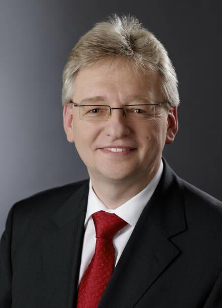 Helmut Matschi, Mitglied des Vorstands der Continental AG. Verantwortlich fuer die Division Interior, © Continental AG (Homepage) (03.02.2014)