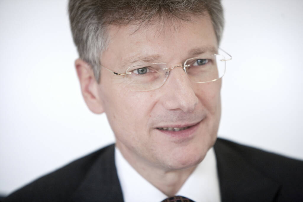 Elmar Degenhart, Vorsitzender des Vorstands der Continental AG. Verantwortlich fuer Unternehmenskommunikation, Qualitaet und Umwelt Konzern, Continental Business System, Zentralfunktionen Automotive, © Continental AG (Homepage) (03.02.2014)