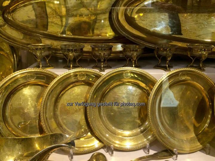 goldene Teller