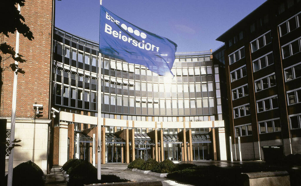 Beiersdorf Zentrale Hamburg, © Beiersdorf AG (Homepage) (06.02.2014)