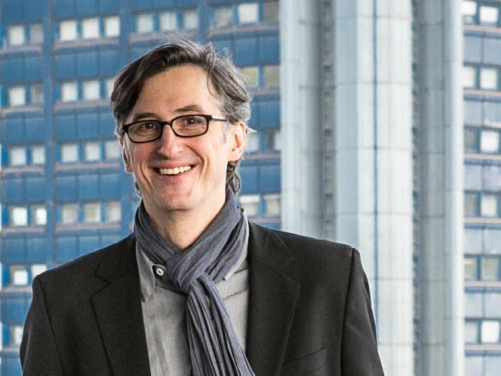 Josef Chladek, finanzmarktfoto.at (10. Februar), wir wünschen dem Kollegen alles Gute, © entweder mit freundlicher Genehmigung der Geburtstagskinder von Facebook oder von den jeweils offiziellen Websites  (10.02.2014)