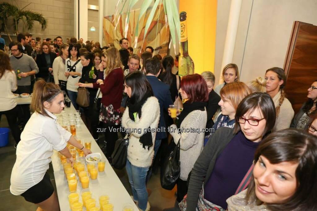 Buffet Francesca Noir Nardi, Valeria Nardi, Ivana Barić Gašpar (Bild: Katharina Schiffl) (10.02.2014)