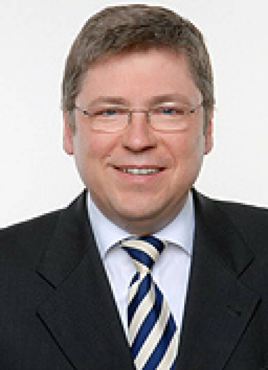 Josef Blazicek, u.a. Aufrichtsrat Beko (15. Februar), finanzmarktfoto.at wünscht alles Gute