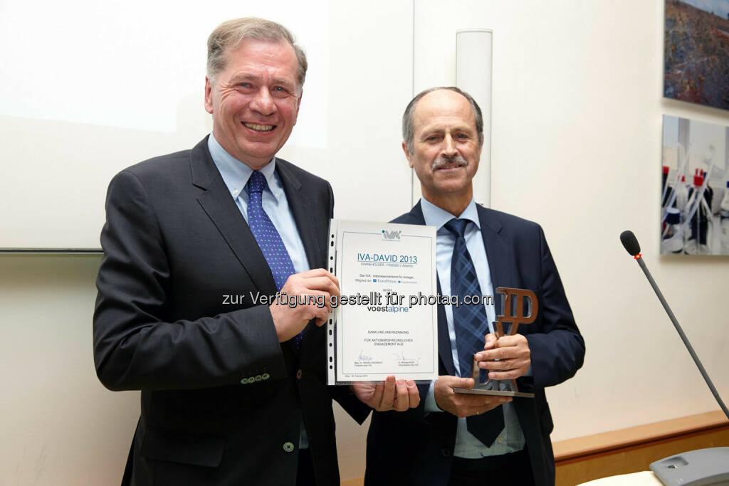 Verleihung des IVA-David 2013 an die voestalpine AG - entgegengenommen von Hubert Possegger, © IVA (24.02.2014)