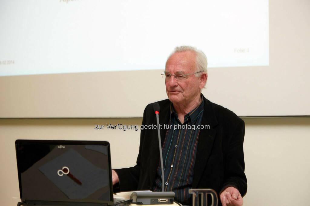 Peter Heintel hielt einen Vortrag Vom Sparen und der Gier, © IVA (24.02.2014)