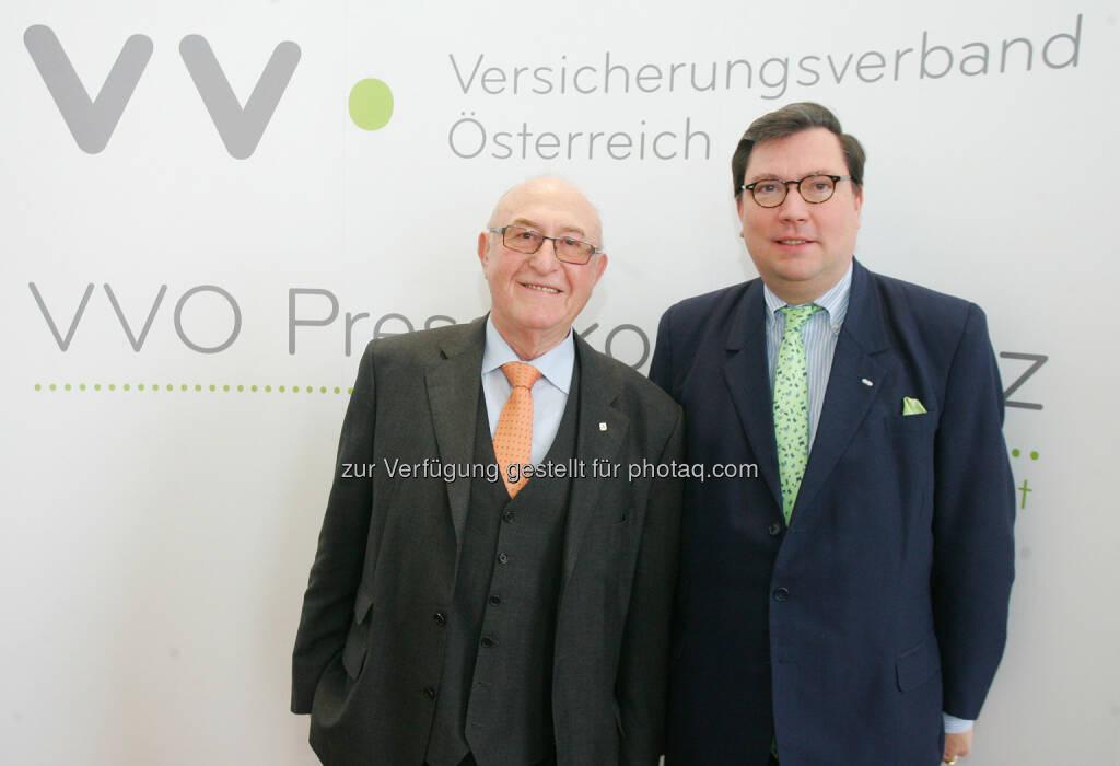 Günter Geyer (Präsident des österreichischen Versicherungsverbandes VVO) und Louis Norman-Audenhove (Generalsekretär des österreichischen Versicherungsverbandes VVO).  Erste Berechnungen zeigen für das Geschäftsjahr 2013 in der Lebensversicherungssparte einen leichten Rückgang der Prämien, in der Krankenversicherung und in der Schaden-Unfallversicherung wird ein Plus verzeichnet. (27.02.2014)