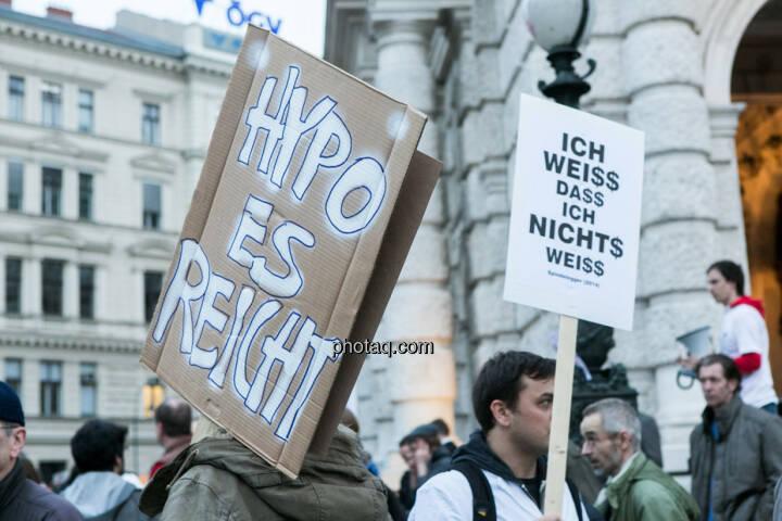 Hypo Demonstration in Wien am 18.03.2014