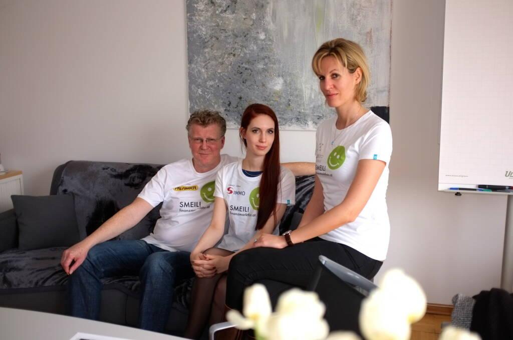 (Aigner) PR-Smeil: Peter Aigner, Kati Dollenz, Heidi Schuller-Hrusa (Shirts aus der Palfinger-, S Immo- und philoro-Edition) (20.03.2014)
