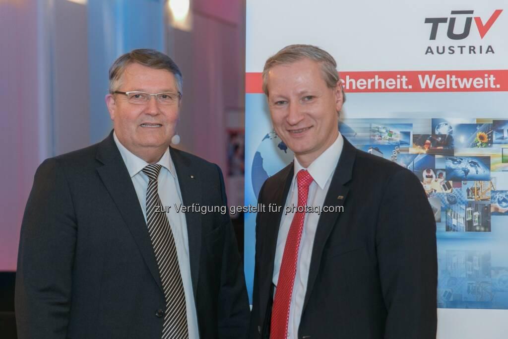 Albin Kälin (CEO der EPEA Switzerland AG), Stefan Haas (CEO der TÜV Austria Holding AG) beim TÜV Austria Forum am 20.3. (Bild: TÜV Austria Holding AG/APA-Fotoservice/Hinterramskogler)  (21.03.2014)